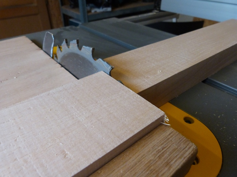 [Fabrication] Scie à ruban en bois P1040313