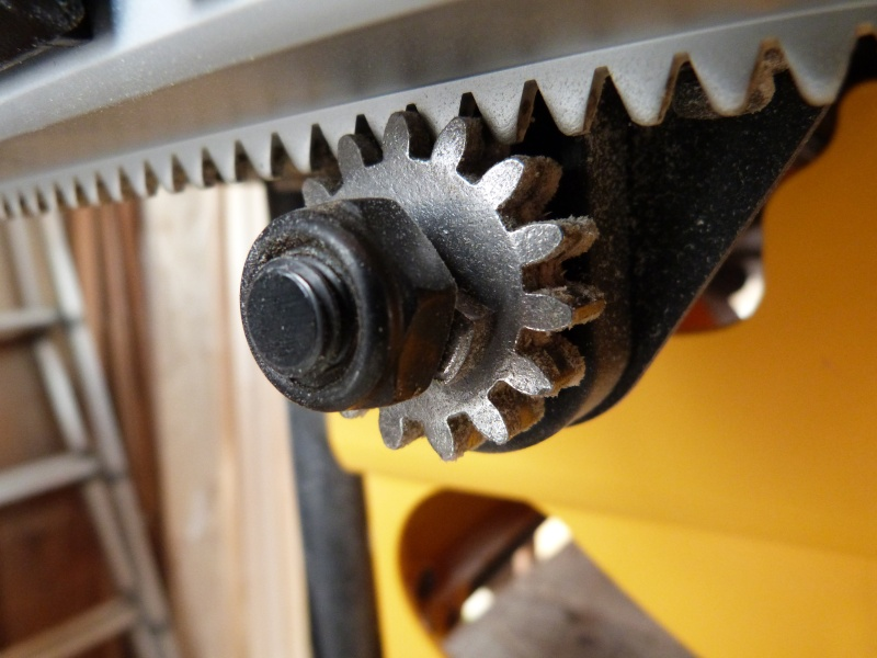 [Fabrication] Scie à ruban en bois P1040410