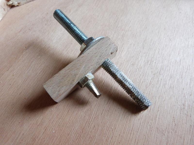 [Fabrication] Scie à ruban en bois - Page 2 P1040446