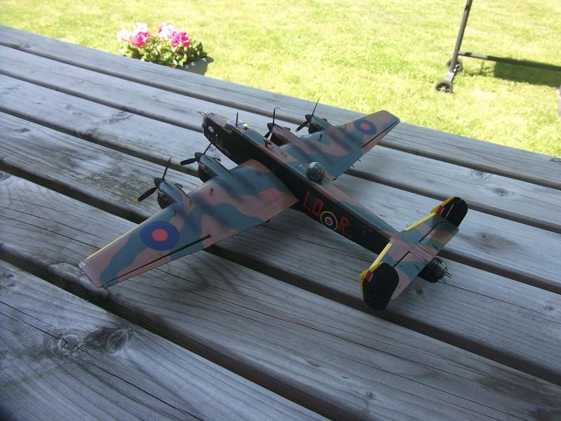 Halifax B Mk.II Revell 1/72° - Page 2 Dscf3219