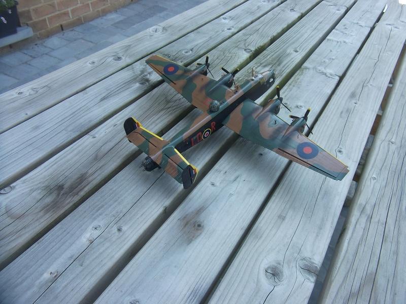 Halifax B Mk.II Revell 1/72° - Page 2 Dscf3220