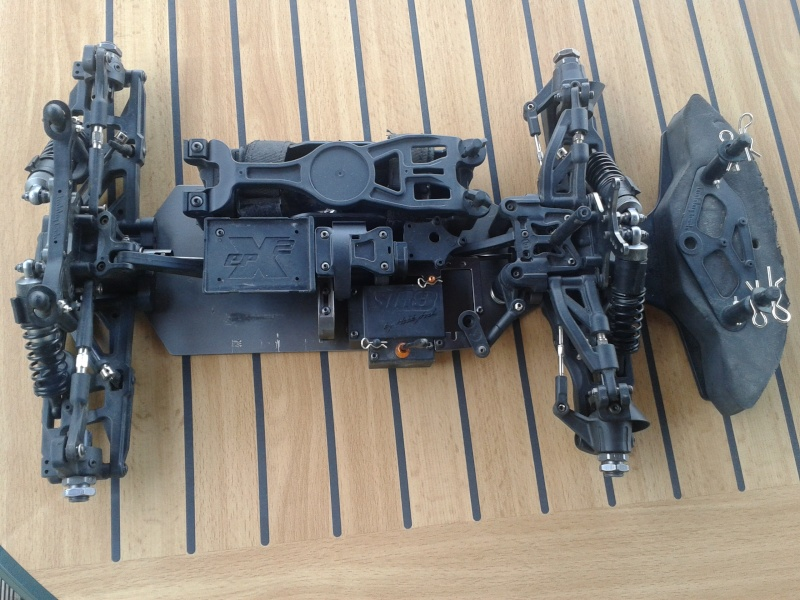 Vend Chassis Hobbytech STR8ep GT. 1/8  (Ex Kenny31) 2013-010