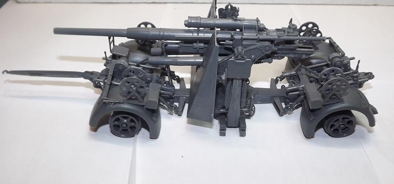 sdkfz - sdkfz 8 t + 8,8 cm flack 37 tamiya Sdkfz_14