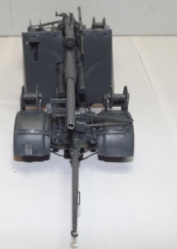 sdkfz - sdkfz 8 t + 8,8 cm flack 37 tamiya Sdkfz_15