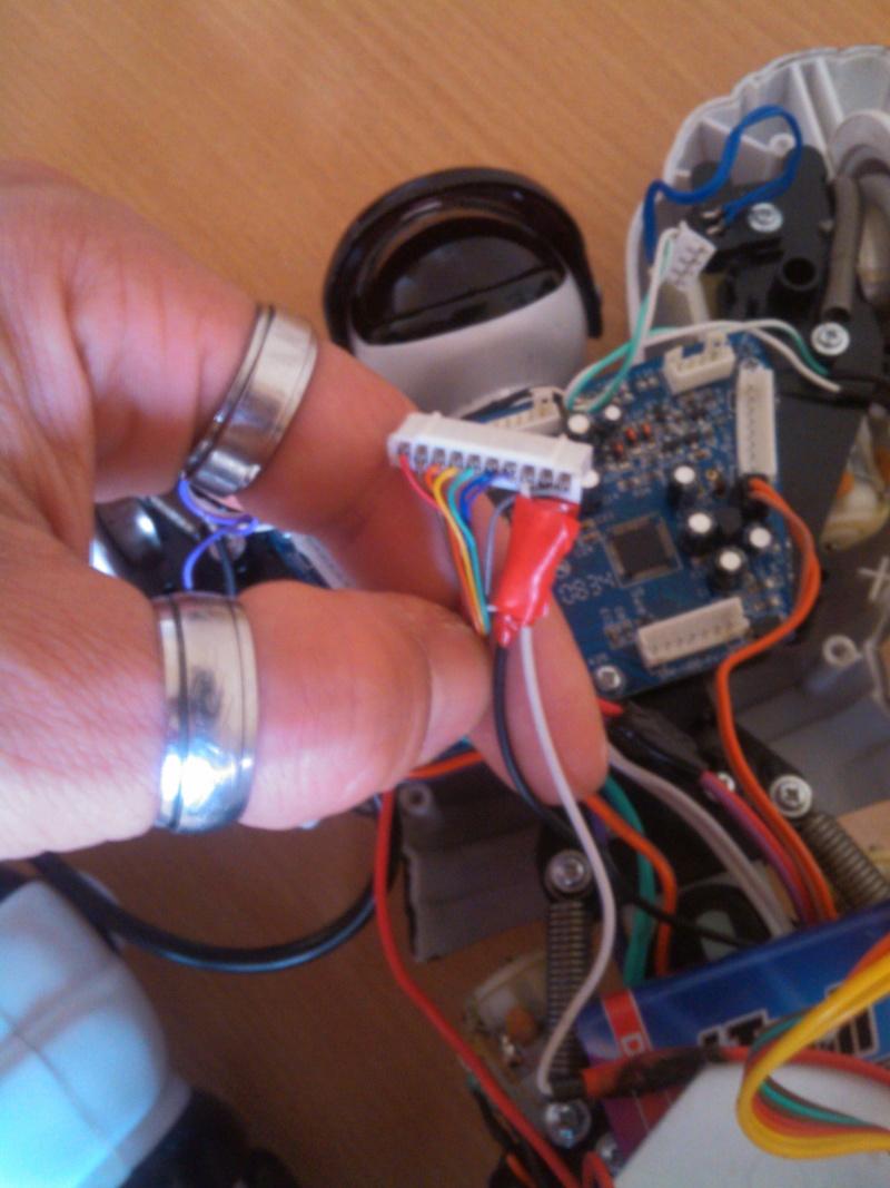 hack de mon RobotSapien ( seb03000 ) Img_2014