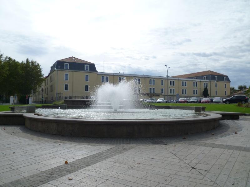 Stèle du général BIGEARD à Carcassonne et caserne Lapérine. 2012-112