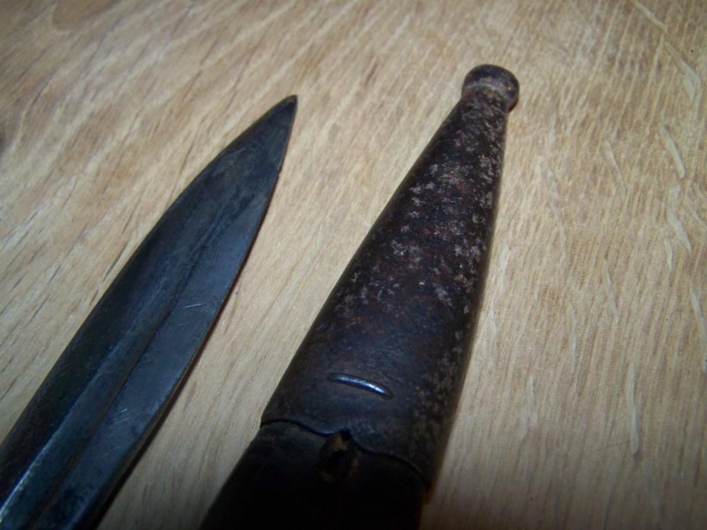 un poignard baïonnette allemand 00127