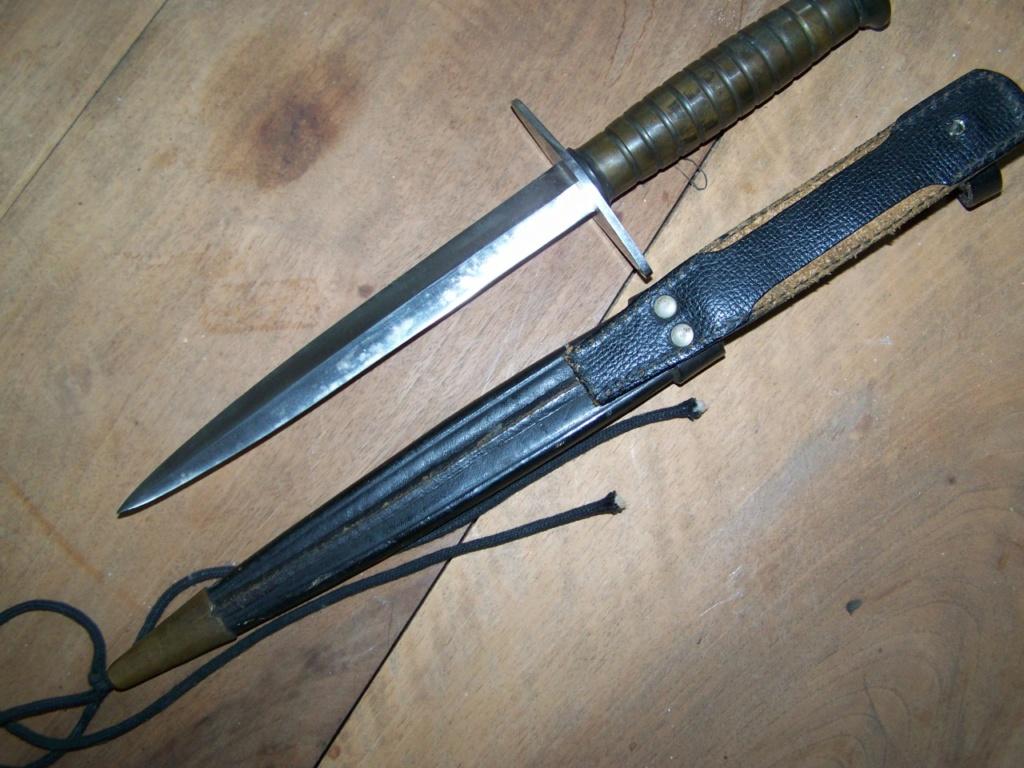 Estimation poignard Commando et Béret rouge 00440