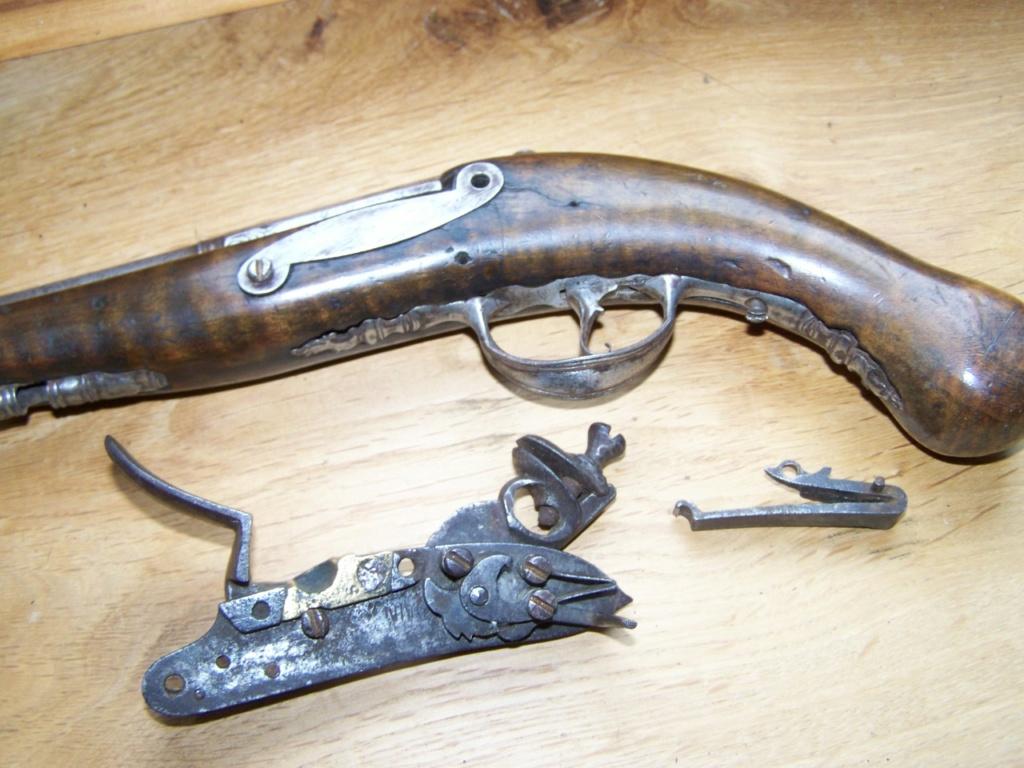 un pistolet à silex et balle forcée Identification 00539