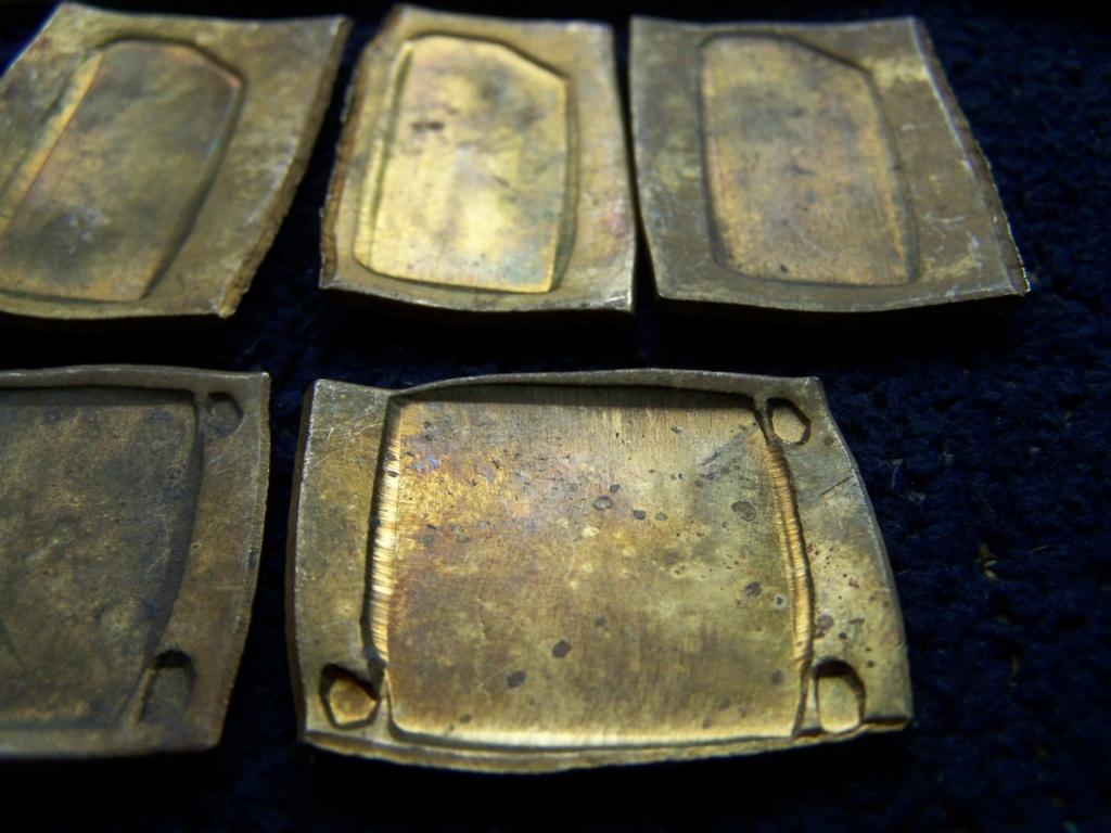 identification runes , svastika et autre 00840