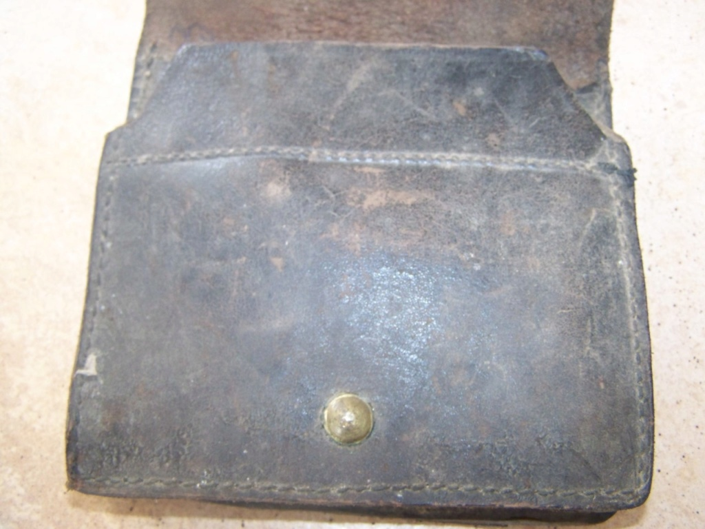 cartouchière 1888 ou gendarmerie ?? 01711