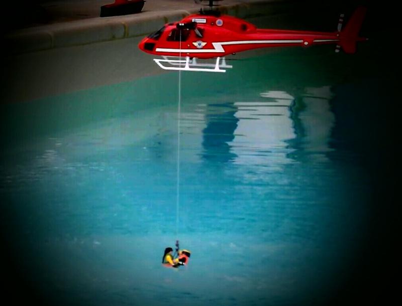 SAR 474 : BL sauvetage/bombardier d'eau - Page 10 Sam_5013