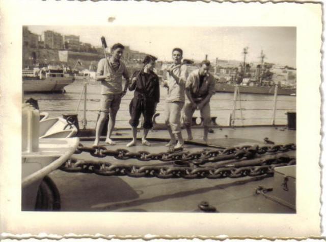 [Les traditions dans la Marine] Tenue dans la Marine- Tome 01 - Page 38 Sur_la10