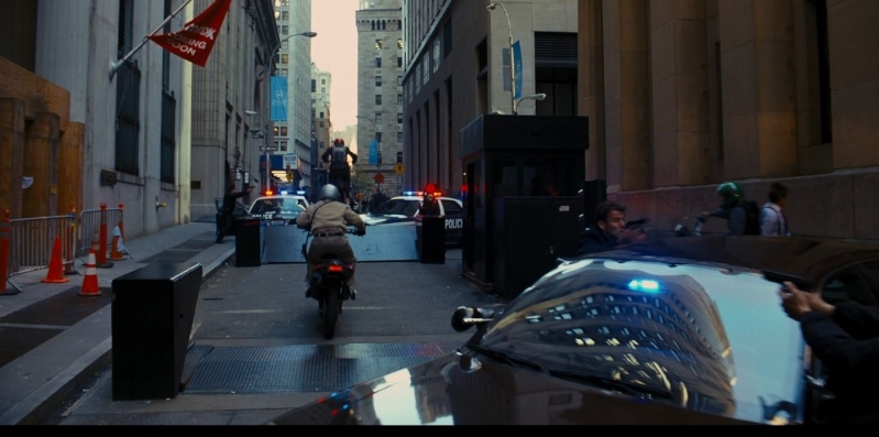 Une moto, une image. Quel film ? - Page 4 Batman10