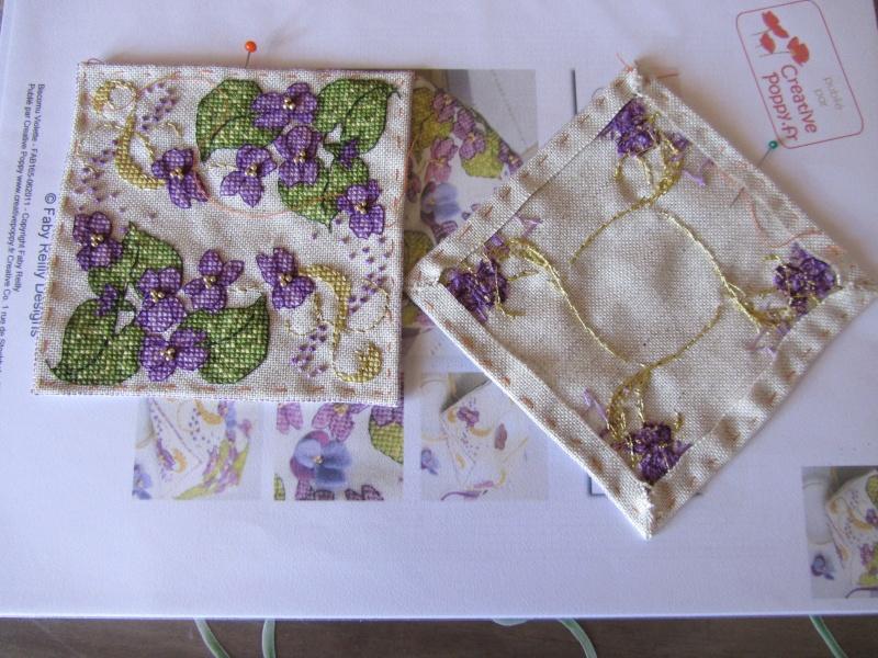 Un biscornu à la violette !!!! Img_1412