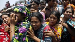 ارتفاع عدد ضحايا انهيار المبنى متعدد الطوابق في بنغلاديش N4hr_110