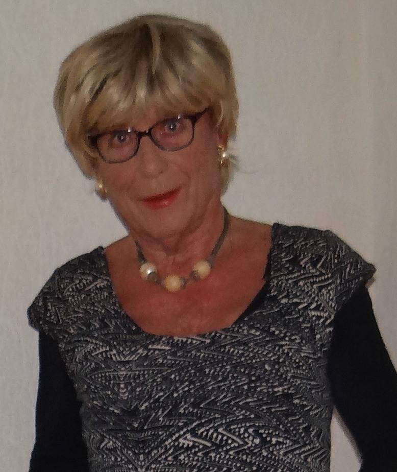 et voici mon nouvel avatar  - Page 7 Dsc05010