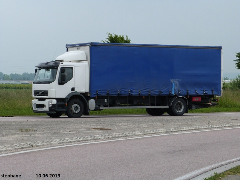 Volvo FL et FE - Page 2 Le_10_25