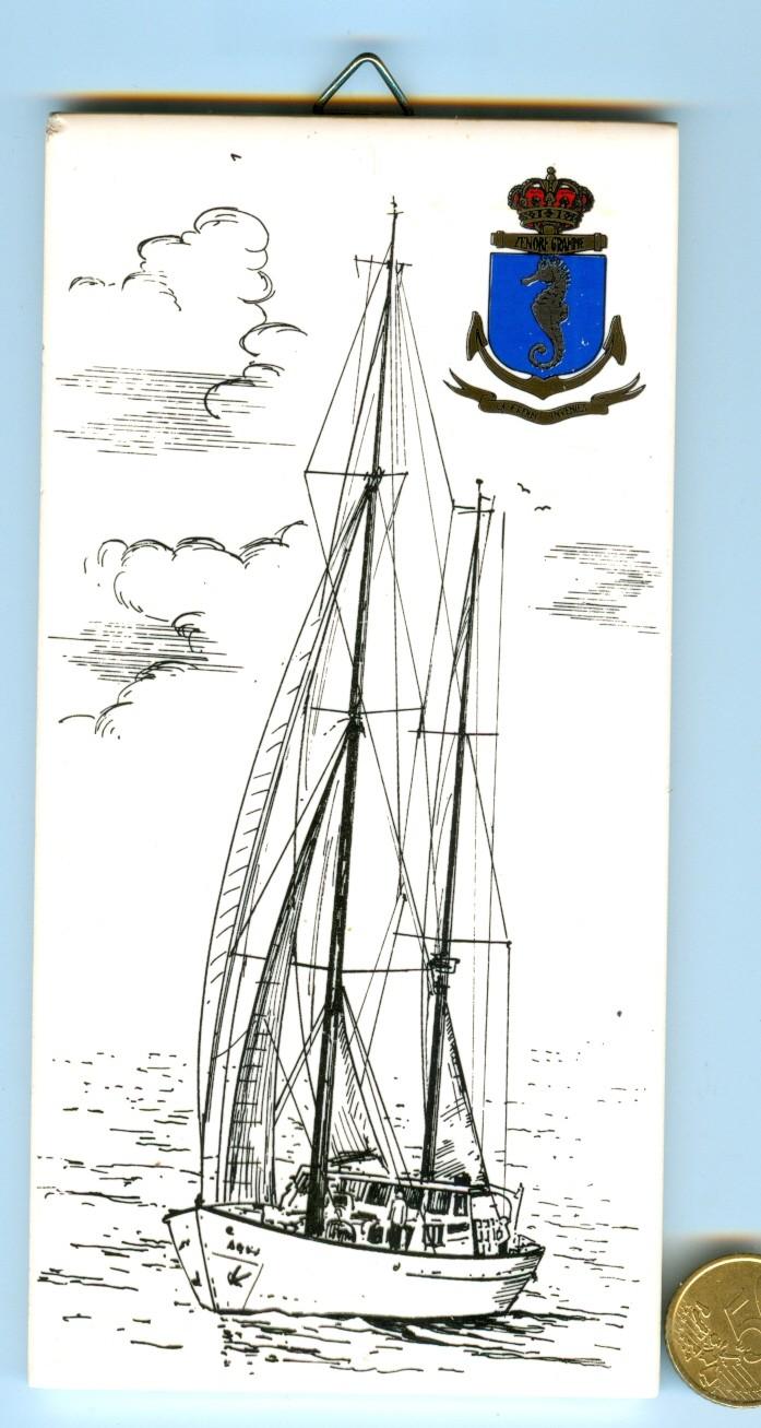LES CRESTS ZM-FN EN PIERRE ROUGE ORIGINAL - Page 6 Zenobe10