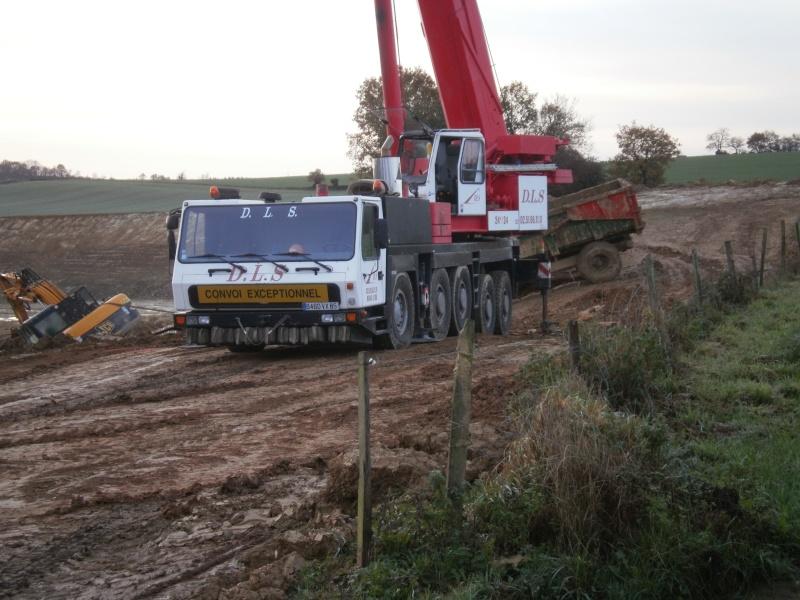 Les grues de DLS (Dépannage Levage Service) (France) Pb300016