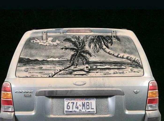 Piktura në xhamat me pluhur te makinave Makina12