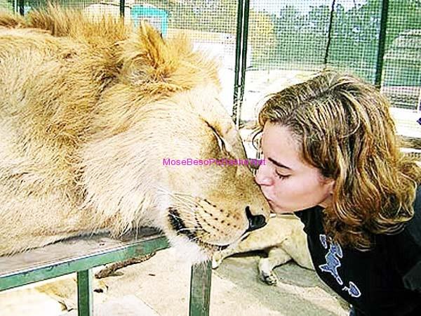 Kopshti zoologjik më i 'çmendur' në botë Njeriu10