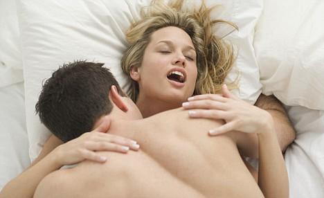 """Kur është """"ora e shenjtë e seksit"""" për meshkujt Sex-li10"""