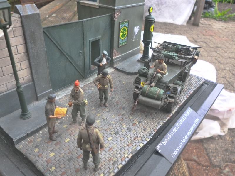 DIORAMA 1ere ARMEE FRANCAISE / TERMINE - Page 3 P1020214