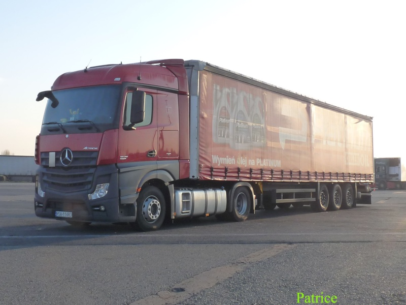 Mercedes Actros MP4 (euro 6 )  - Page 3 015_co10