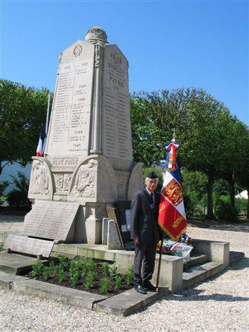 cérémonie 2013, hommage à Marcel lefèvre et Cdt le Martelot 0111
