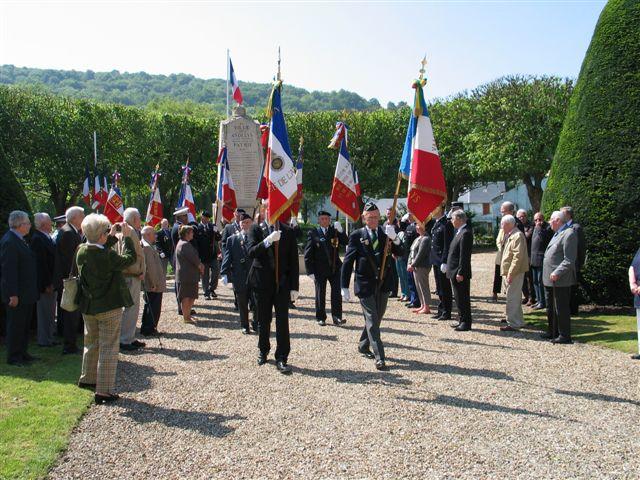 cérémonie 2013, hommage à Marcel lefèvre et Cdt le Martelot 0210