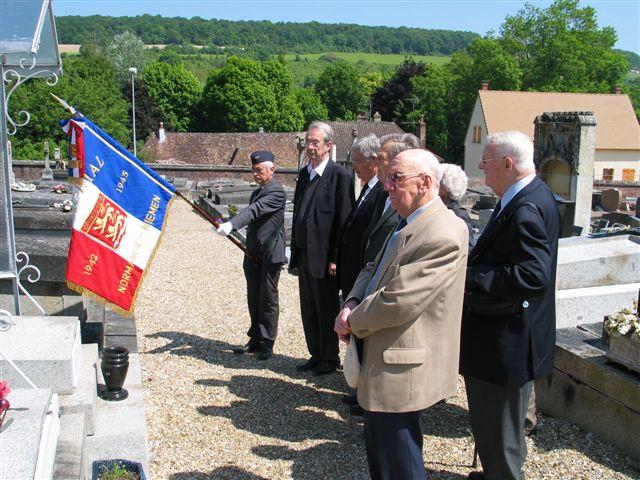 cérémonie 2013, hommage à Marcel lefèvre et Cdt le Martelot 0510