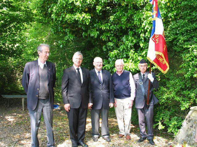 cérémonie 2013, hommage à Marcel lefèvre et Cdt le Martelot 0810