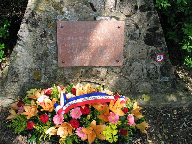 cérémonie 2013, hommage à Marcel lefèvre et Cdt le Martelot 0910