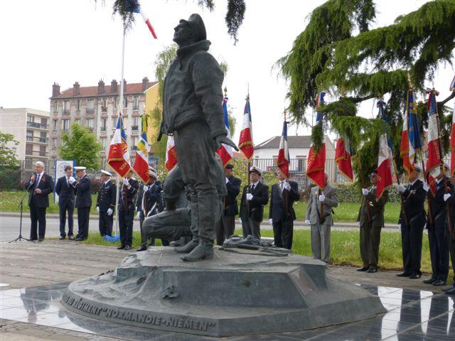7 Mai 2013 à 11h au Bourget (93) : Cérémonie de la Victoire P1000211