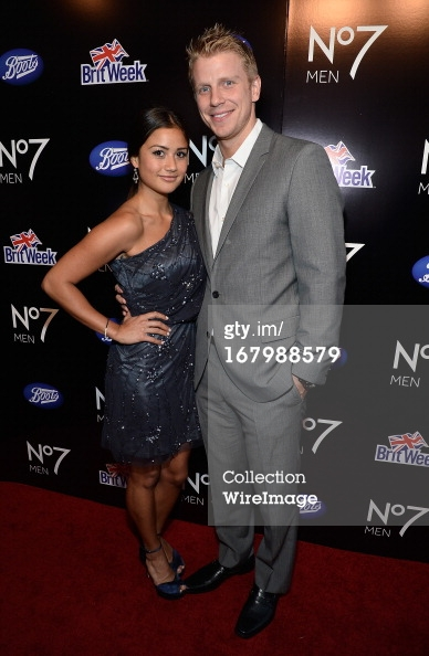 Sean & Catherine Lowe - Pictures - No Discussion - Page 2 16798810