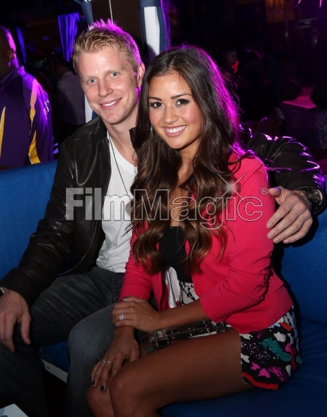 Sean & Catherine Lowe - Pictures - No Discussion - Page 3 16946510