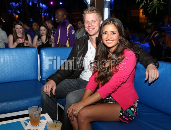 Sean & Catherine Lowe - Pictures - No Discussion - Page 3 16946514