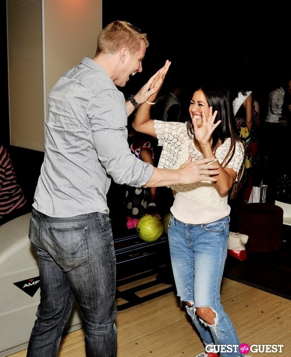 Sean & Catherine Lowe - Pictures - No Discussion - Page 4 Sean_l12