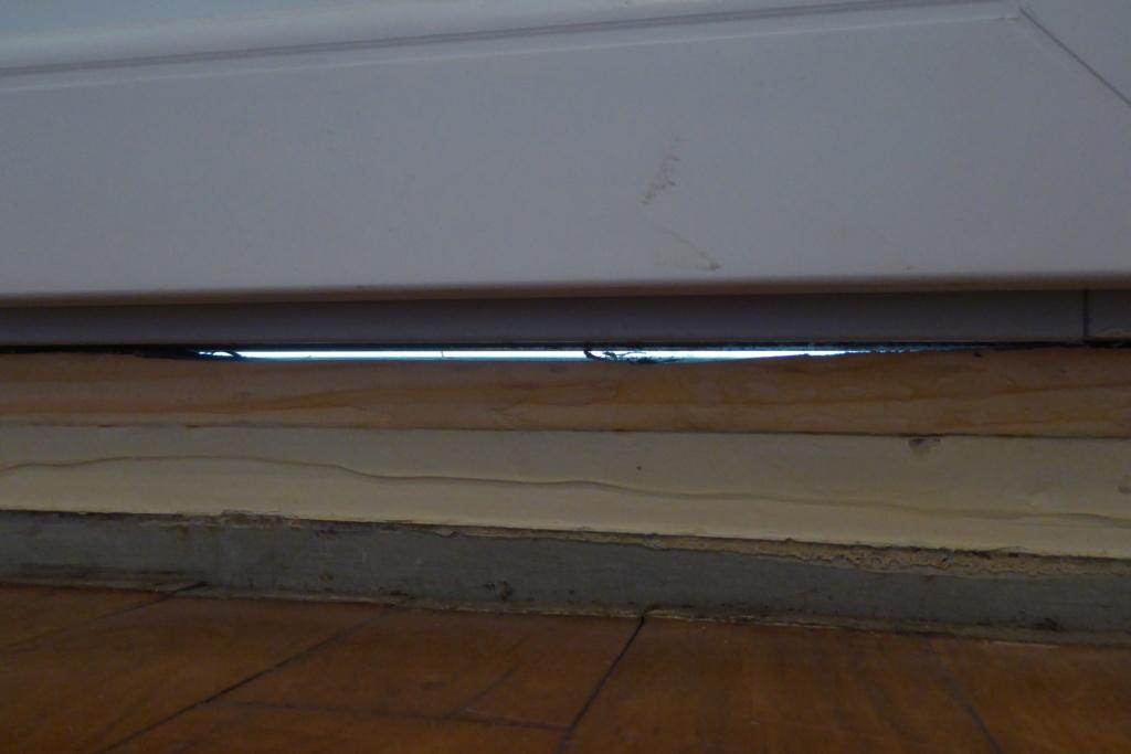 [Recherches]Comment rattrapper la pose de mes fenêtres ? - Page 2 P1030915