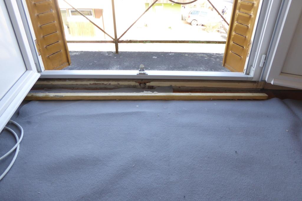 [Recherches]Comment rattrapper la pose de mes fenêtres ? - Page 4 P1030922