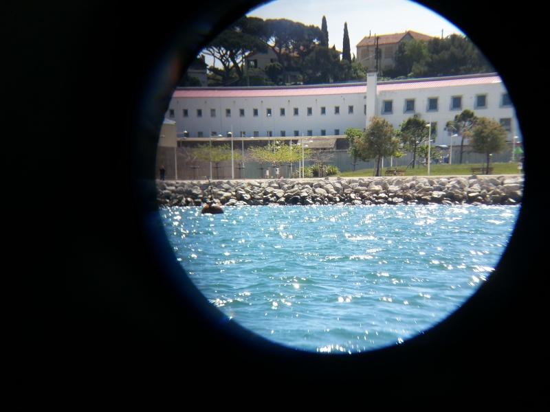 Blockhaus dans le Port de Toulon (83) - Page 3 Dcns_310