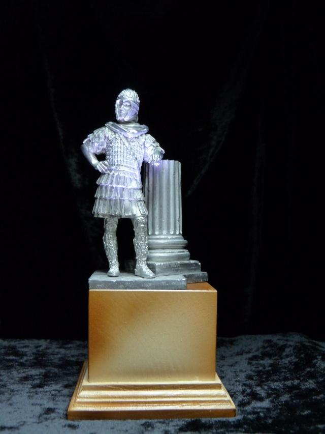 FIN : Officier des Equites, fin du 3ème siècle Ap JC P1040210