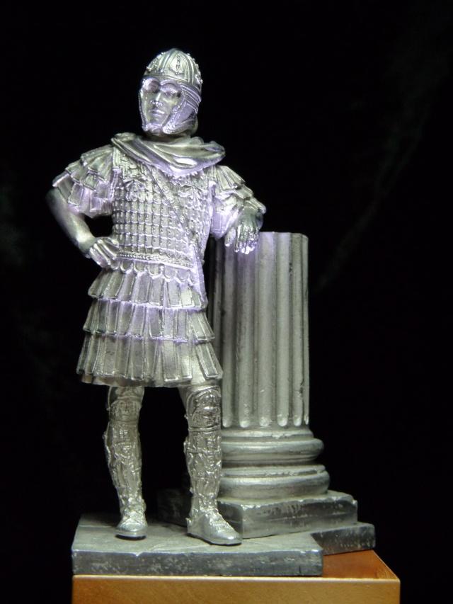 FIN : Officier des Equites, fin du 3ème siècle Ap JC P1040211