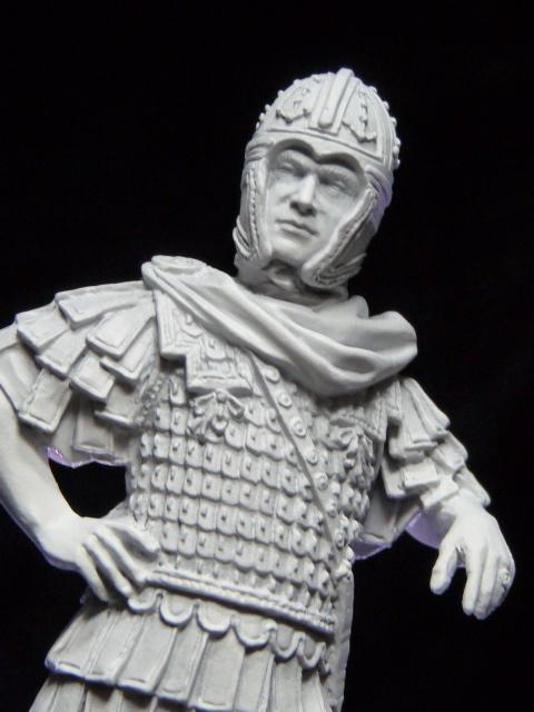 FIN : Officier des Equites, fin du 3ème siècle Ap JC P1040213