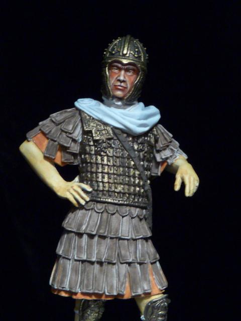 FIN : Officier des Equites, fin du 3ème siècle Ap JC P1040214