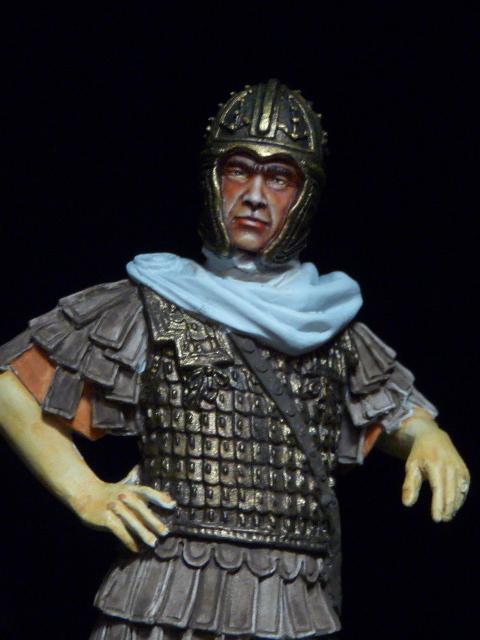 FIN : Officier des Equites, fin du 3ème siècle Ap JC P1040215