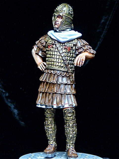FIN : Officier des Equites, fin du 3ème siècle Ap JC P1040311