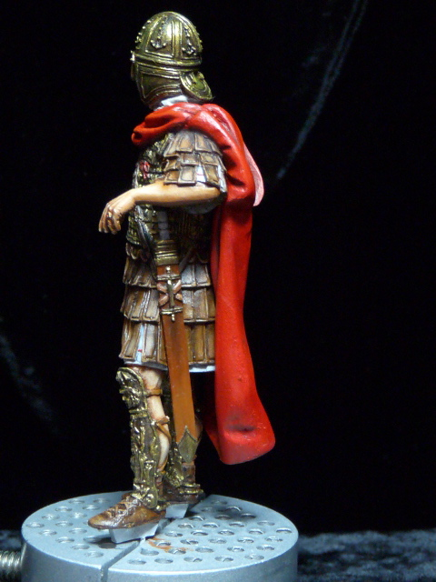 FIN : Officier des Equites, fin du 3ème siècle Ap JC P1040316