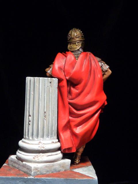 FIN : Officier des Equites, fin du 3ème siècle Ap JC P1040513